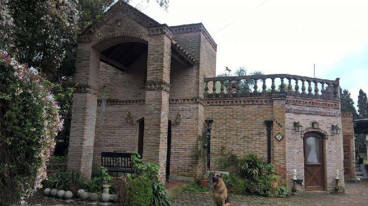 Casa jardin y caballerizas a 7 cuadras del km 52 cerca