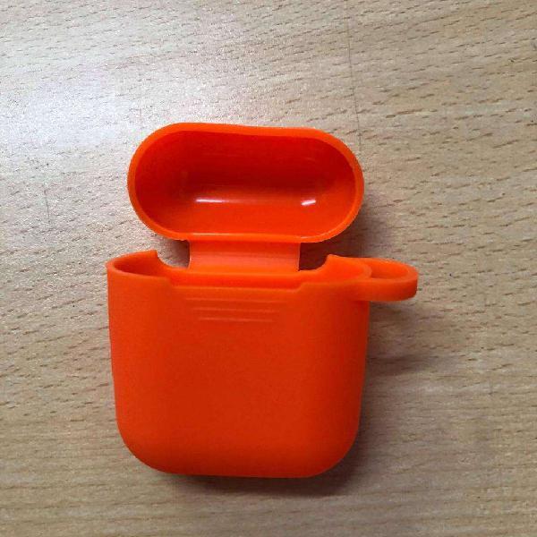 Case funda protectora premium airpods con gancho silicona