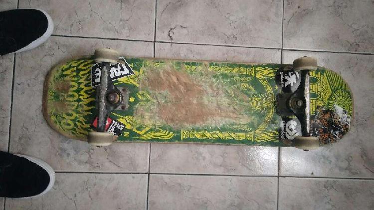 Skate patineta woodoo