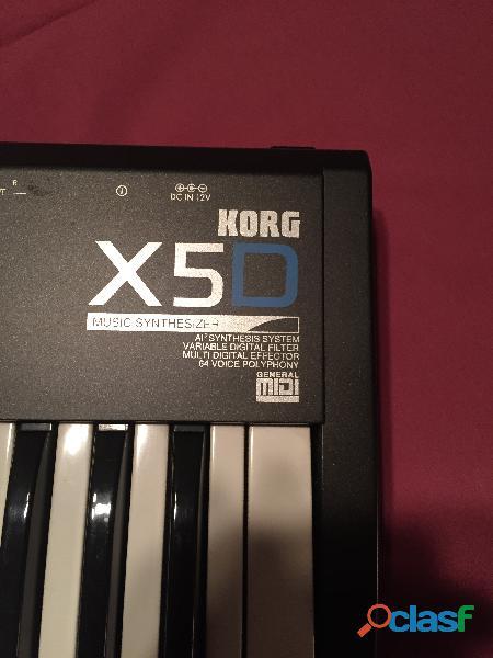 Vendo 1 teclado sintetizador korg x5d