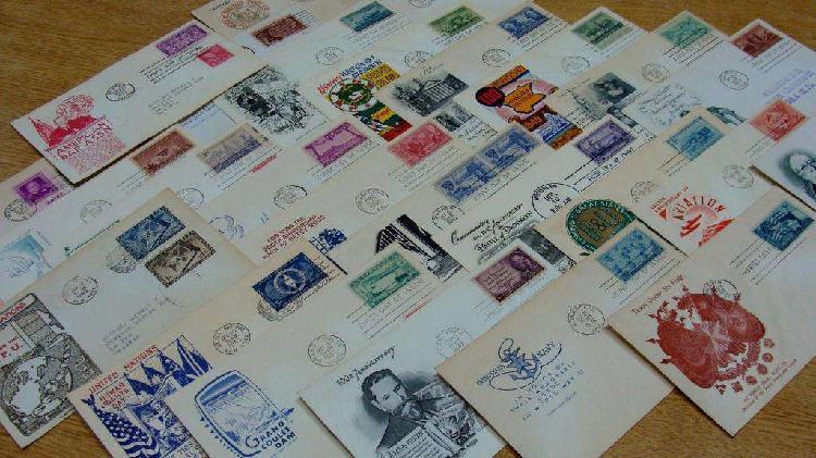 Colección de sobres y sellos postales 1 día de