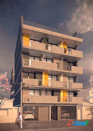 Departamento de 1 dormitorio al frente con balcón y terraza exclusiva