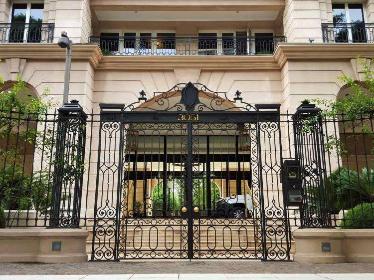 Espectacular semipiso en alquiler en Edificio Grand Bourg