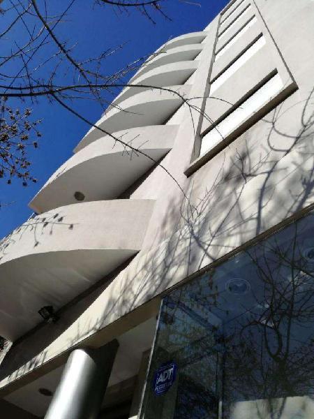Increible Edificio con Renta