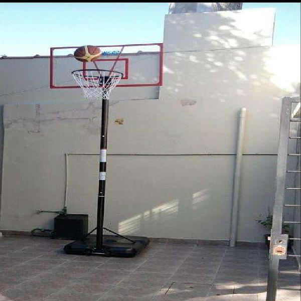 Aro de basquet con pie