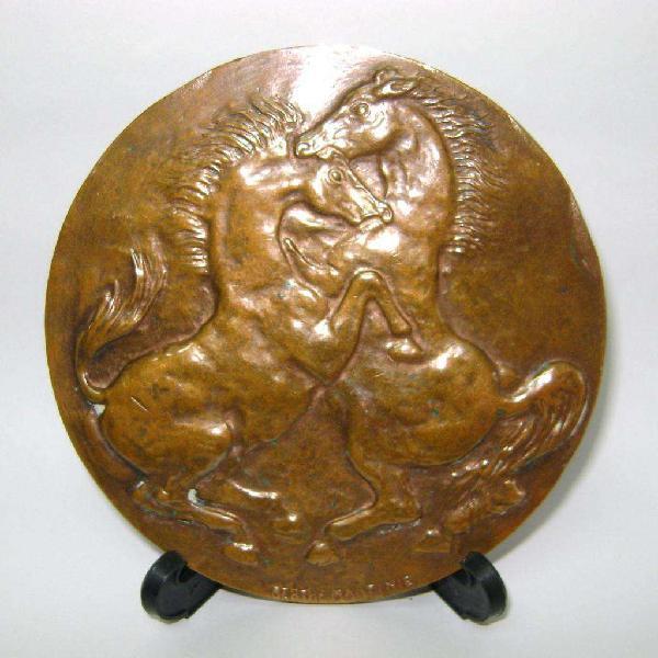 Gran medalla escultura francesa relación hombre - caballo /