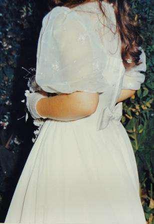 Vestido de novia blanco corte princesa, escote corazón,