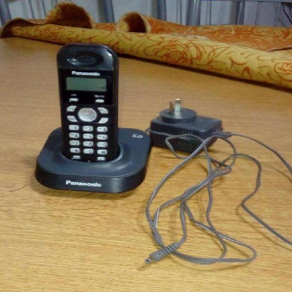 Teléfono panasonic inalámbrico con cargador