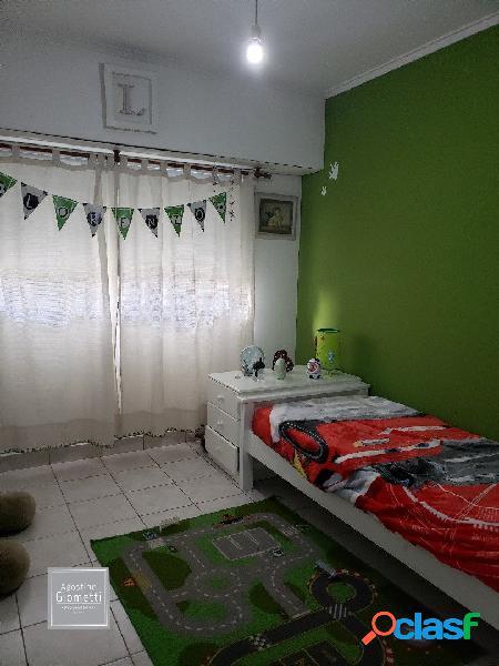 Casa en ph de 4 dorm y gran jardín propio en venta y en alquiler.