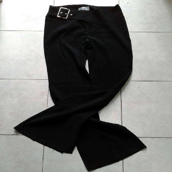 Vendo pantalon oxford de vestir negro, cinturon con hebilla