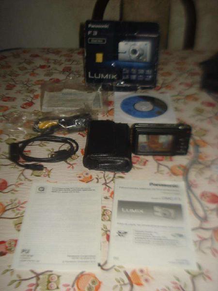 Camara panasonic de fotos digital lumix f3 en caja completa