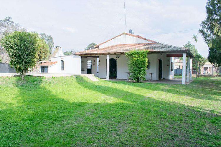 Casa quinta en venta a mtrs del río. sauce viejo