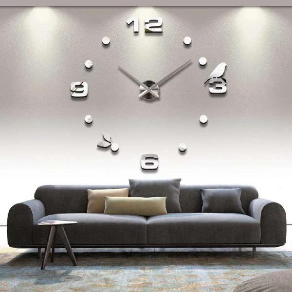 Reloj gigante 3d - pajaro