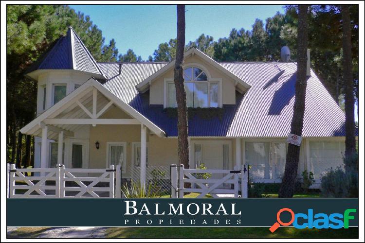 Ref: 8022 - Casa en venta - Pinamar, Zona Norte Tennis Ranch
