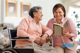 Acompañante de persona mayores