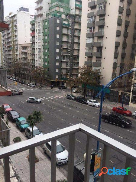 Depto 3 ambientes con balcón