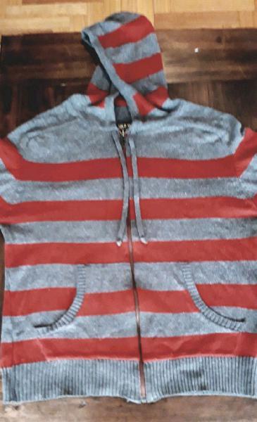 Camperita/suéter Old Bridge buenísima
