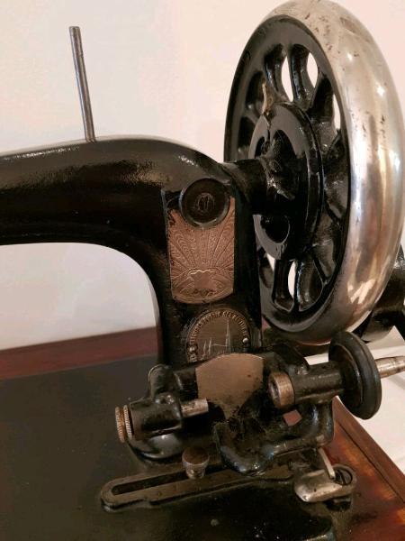 Máquina de coser vintage para decoración
