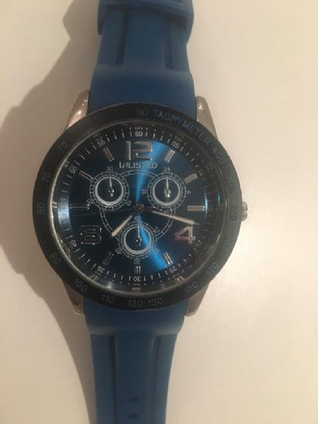 Reloj Unlisted by keneth cole como nuevo