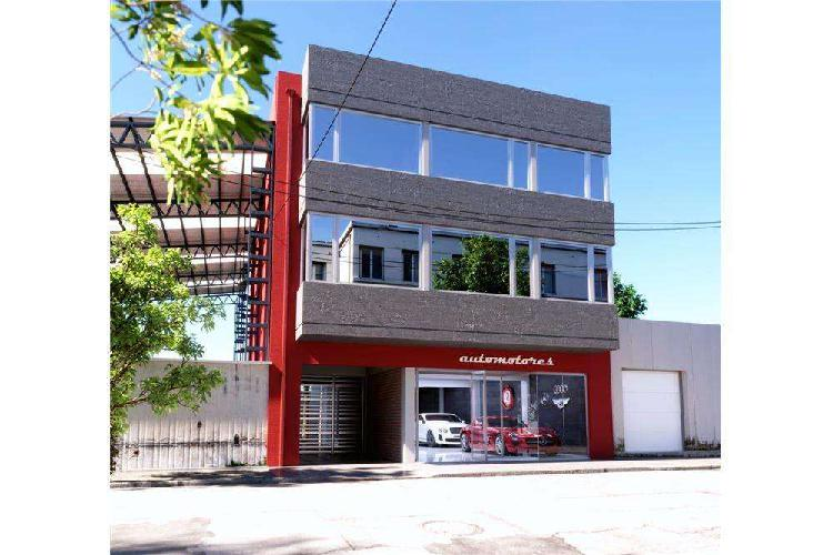 Local comercial edificio en desarrollo