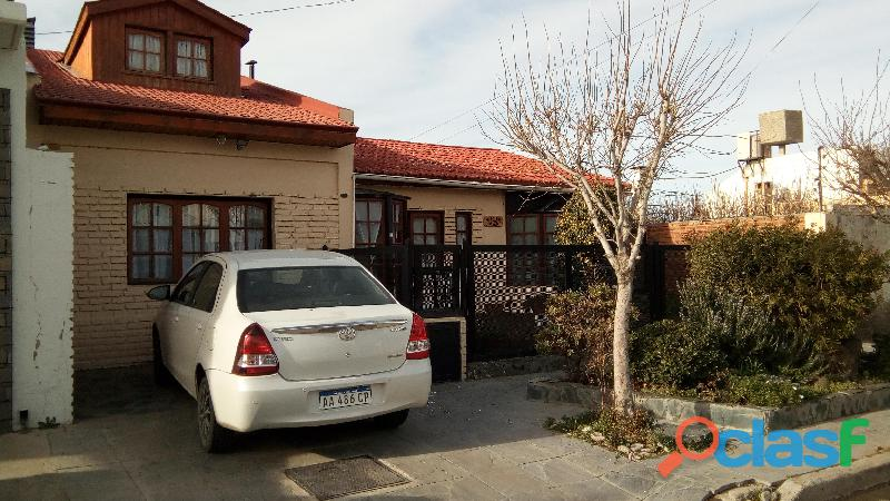 Casa 3 dormitorios, barrio roca, comodoro rivadavia