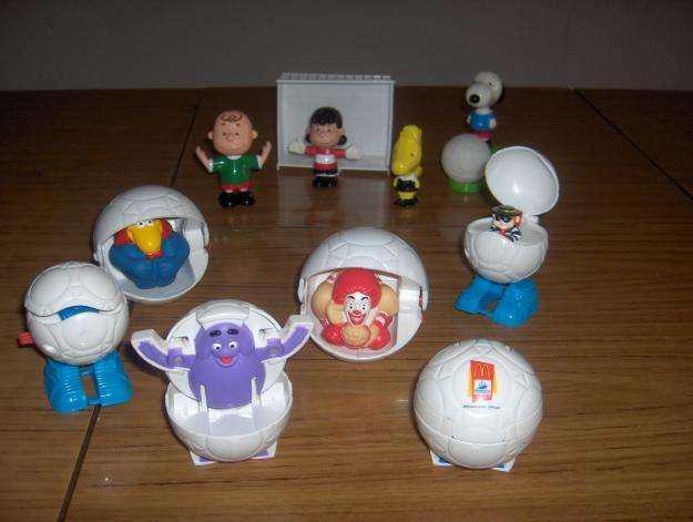 Muñecos mac donalds coleccion mundial 98 y snoopy y sus