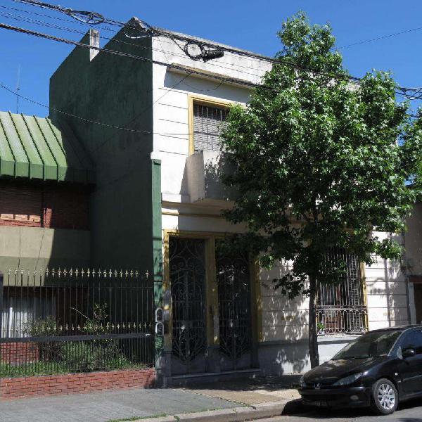 Casa en venta en dos ph con entradas independientesdueños