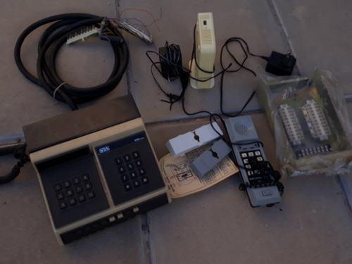 Central telefonica antigua + lote de accesorios de telefonia