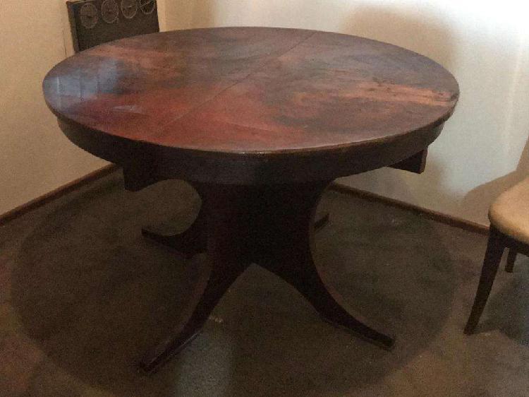 Mesa redonda extensible con 4 sillas de pana