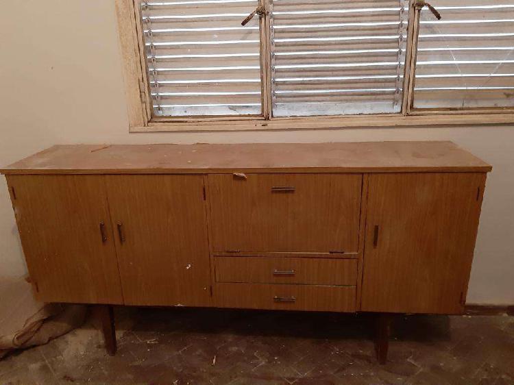Mueble de comedor para vajilla