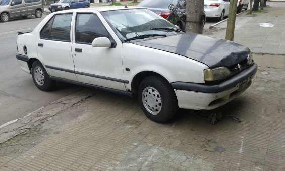 Renault 19 1996 diesel arranca golpea una biela 25000 pesos