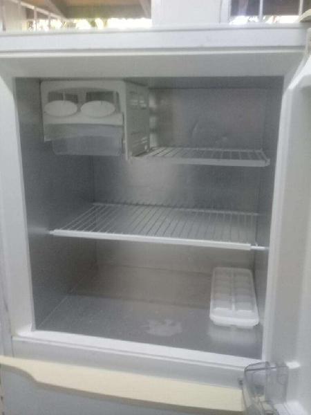 Vendo heladera gafa freezer
