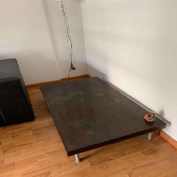 Mesa ratona de madera 0.20x1.20x0.70 patas de aluminio