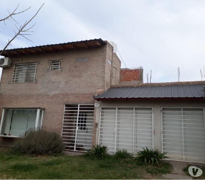 Casa de 2 dorm en barrio 12 de septiembre parque, cipolletti