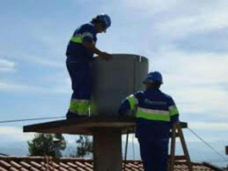 Limpieza de tanques de agua, también cisternas, trabajos de