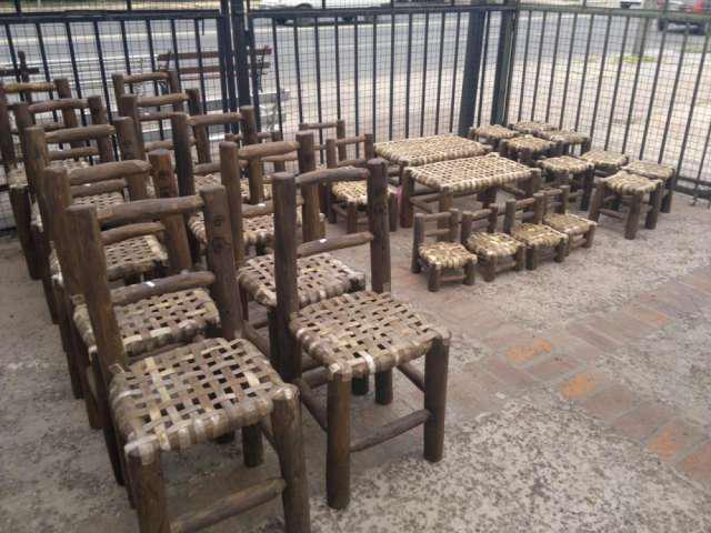 Sillas rusticas asiento de tiento en don torcuato