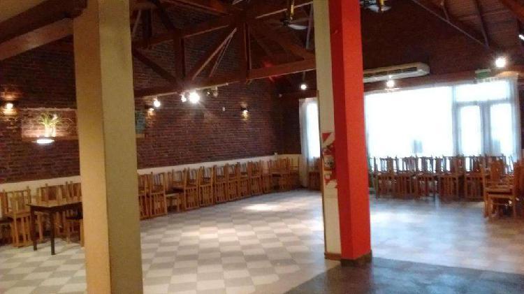 Fondo de comercio restaurant y salon de eventos con amplia