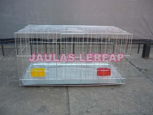 Jaula de conejos con comederos grande
