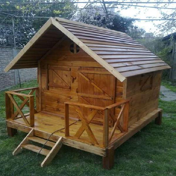 Juegos y casitas infatiles de madera para el jardin en