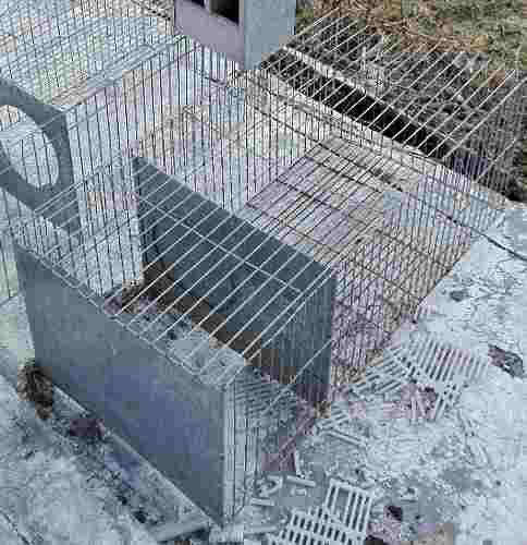 Liquido jaula y comedero doble para conejos