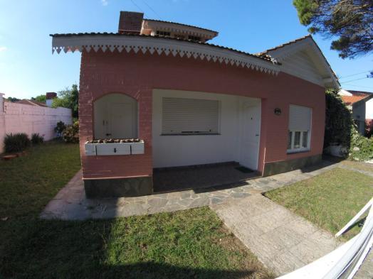 Casa + deptos (1236) en Mar de Ajó