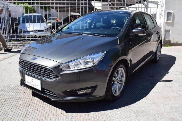 Ford focus 5p 1.6l n mt s