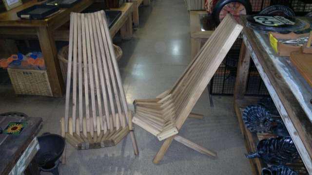 Reposeras plegables de madera en Don Torcuato