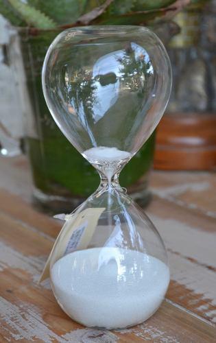 Reloj de arena blanca estilo antiguo - 15 minutos 17x7.5cm