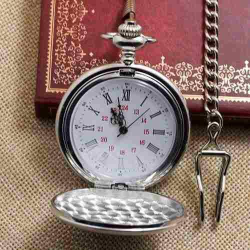 Reloj de bolsillo tono plata +cadena c/clip estilo antiguo