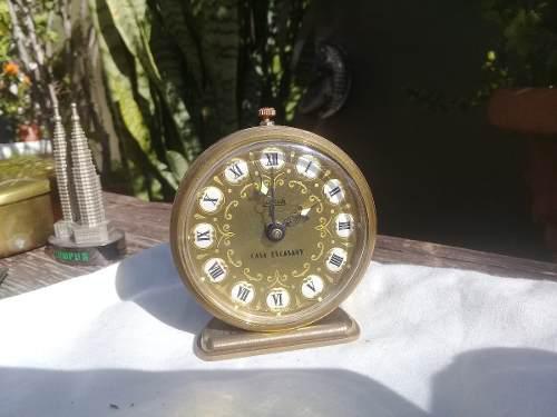 Reloj despertador casa escasany nºromanos porcelana 1920