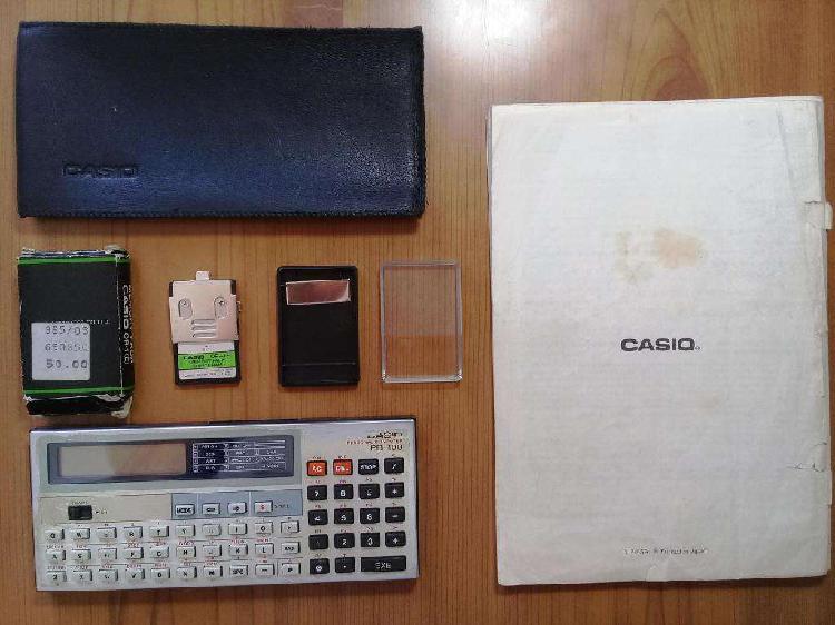Computadora personal casio pb-100