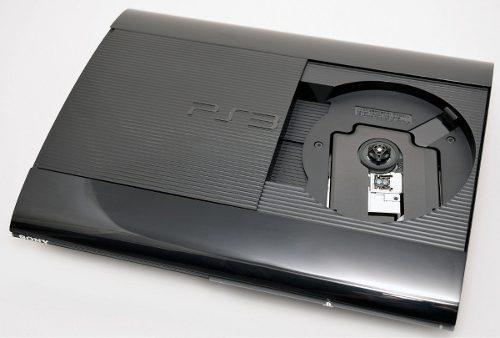 Ps3 super slim 500gb con 2 joysticks + juegos físicos!!