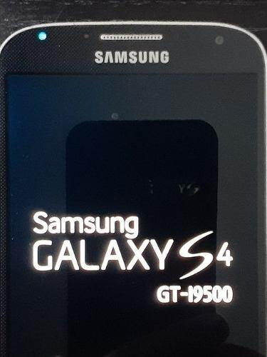 Samsung galaxy s4 i9500 c/carg auricular y 2 baterias