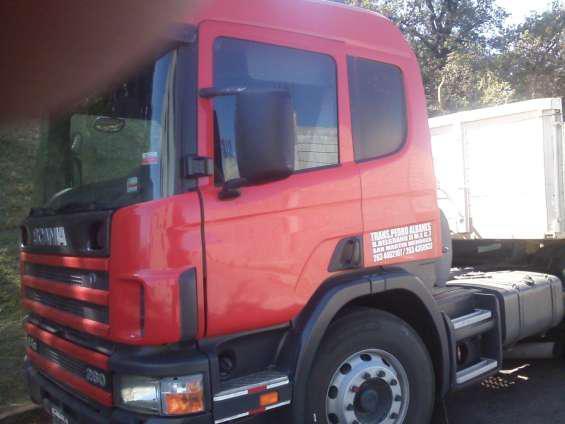 Vendo scania p 94 ga 260 tractor. en San Martín